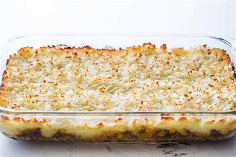 cottage pie simple recipe easy shepherd s pie recipe simplyrecipes