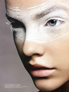 Techno Snobbery – barbara-palvin-white-eye-makeup
