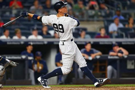 aaron judge uniform yankees aaron judge wears destiny gear for weekend tilt
