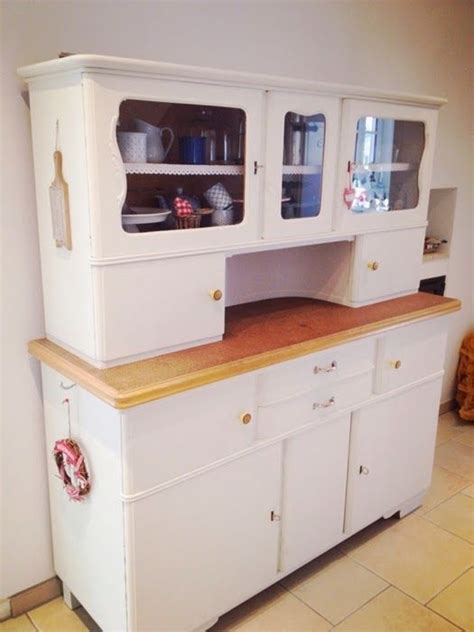 what is in style for kitchen cabinets best 25 inside kitchen cabinets ideas on 9853