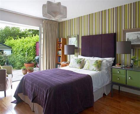 Stunning Bedroom Designs With Bold Color Scheme-rilane