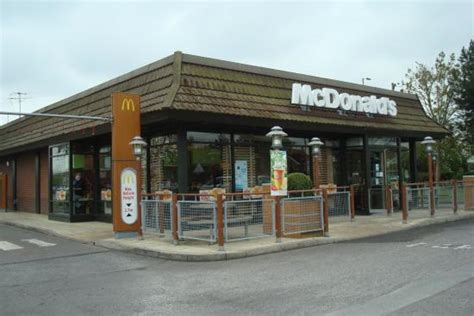 mcdonalds restaurants trowbridge trowbridge retail