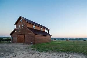 Prairie View Barn