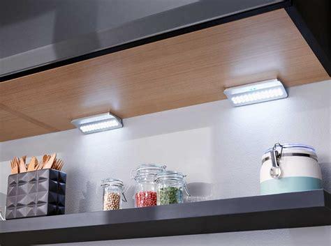 eclairage led cuisine plan travail clairage plan de travail cuisine led cuisine cuisine