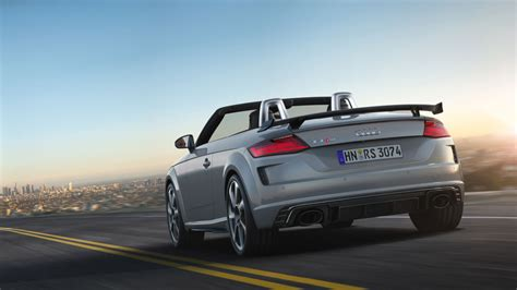 Audi Tt Convertible 2020 by 2020 Audi Tt Rs Coupe And Convertible Get A Few Design