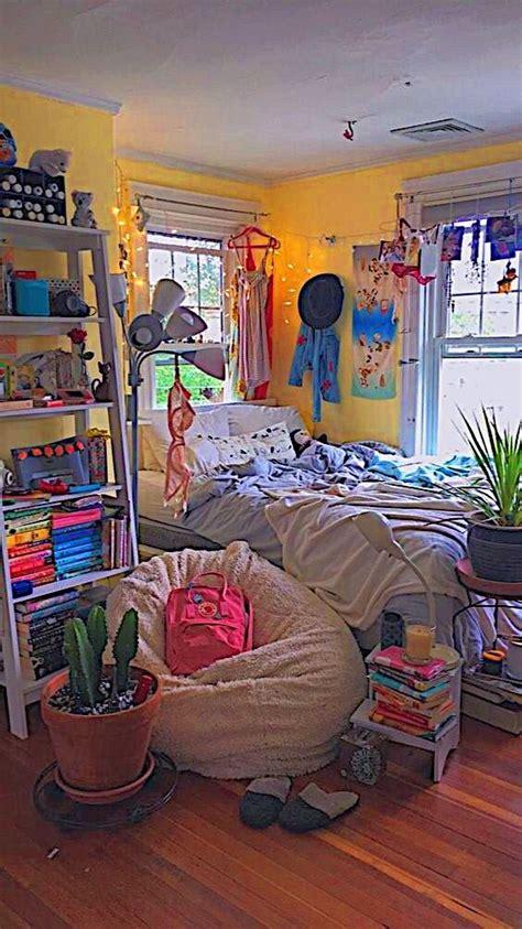 bedroom inspo   retro room room inspo indie room