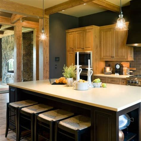 It also features a coarse and highly visible grain pattern, which makes it a popular choice. Oak Trim Grey Wall Design Ideas, Pictures, Remodel and ...