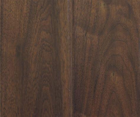 laminate wood flooring edges laminate flooring finishing laminate flooring edges