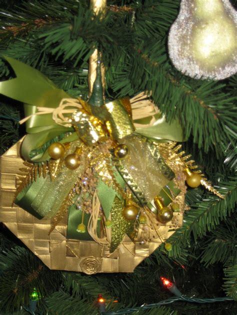 hawaiian christmas tree decoration hawaiian christmas