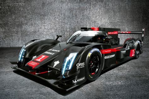2014 audi r18 e quattro black and silver
