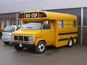 School Bus Kaufen : us schulbus wohnmobil so hat ein paar einen alten ~ Jslefanu.com Haus und Dekorationen