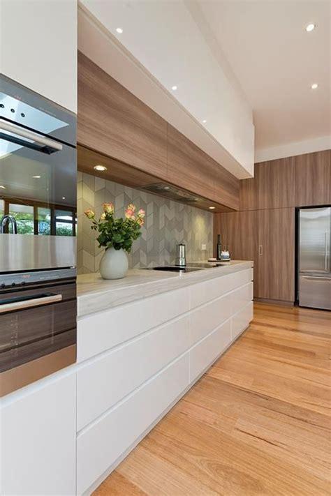kitchen cabinets colors best 25 modern kitchen design ideas on 2932
