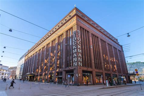 Stockmann hakeutuu yrityssaneeraukseen - Markkinat ...