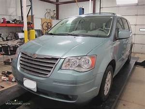 2010 Chrysler Town And Country Floor Mats