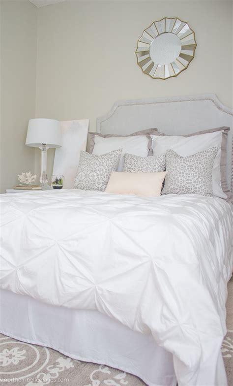 black and white bed linen best 20 white bedding ideas on fluffy white