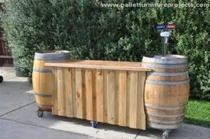 recycled pallet outdoor bar ideas pallet furniture projects