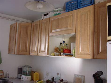 peindre des elements de cuisine table rabattable cuisine peindre des meubles de cuisine en bois
