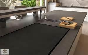 moderne küche mit kochinsel moderne küche mit kochinsel in anthrazit roomido