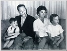Don Knotts' Daughter Said She Had To Leave His Deathbed To ...