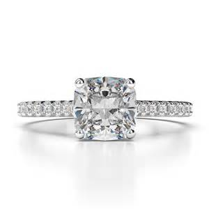 2 00 ct cushion cut d vs1 solitaire engagement ring 18k white gold - Cushion Cut Solitaire Engagement Rings