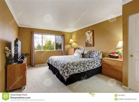 id馥 de couleur de chambre inteior de chambre à coucher dans la couleur de moutarde photo stock image 42178097