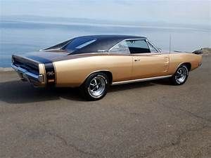 Classic 1969 Dodge Charger RT 440 V8 Stunning Restored