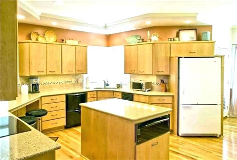 cost to refinish kitchen cabinets cost to refinish kitchen cabinets seattle home painting