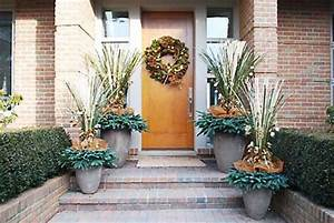 Design 101 Holiday Decorating with Empty Planters Home