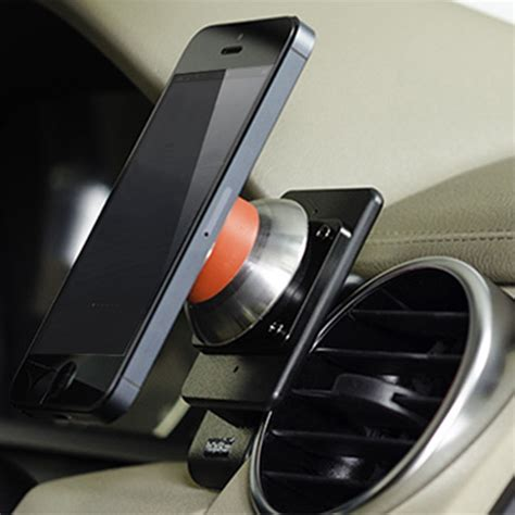 iphone 5s car mount iomounts announces iphone 5c and 5s compatible car mounts