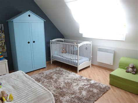 comment peindre chambre mansard馥 awesome deco chambre bebe mansardee pictures yourmentor info yourmentor info