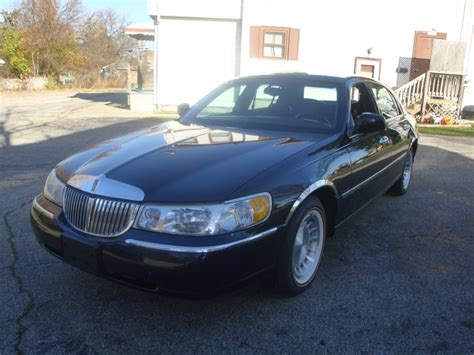 Town Car by 1998 Lincoln Town Car For Sale
