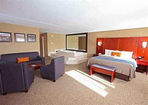 comfort inn edgewater nj comfort inn edgewater nj hotel reviews tripadvisor