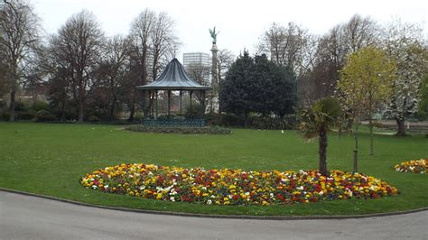 flower bed  mowbray park sunderland  malc mcdonald