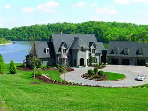 Spectacular Luxury Design Homes by Luxury Lake Homes
