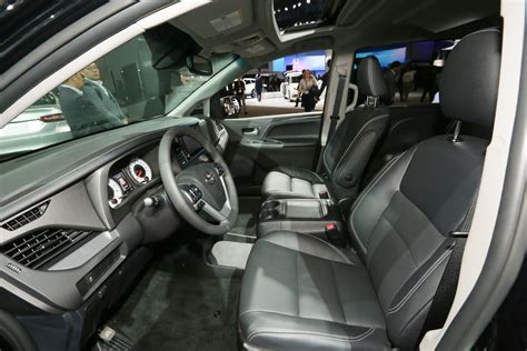 toyota sienna model overview pricing tech