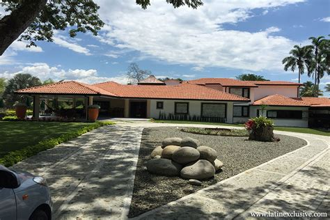 Country House In Colombia by House With 9 Rooms For Rent In Quindio Colombia