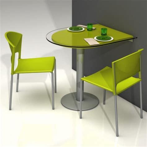 exemple plan de cuisine spécial petit espace table pliante et meuble gain de place 4 pieds tables chaises et tabourets