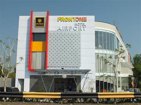 Front One Hotel Airport Solo In Solo (surakarta)