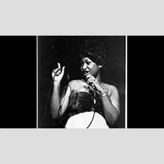 Celebrities, Fans Remember Aretha Franklin, Who Died At