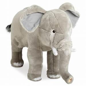 Peluche Geante Elephant : quoi de plus mignon qu une peluche g ante et molle ~ Teatrodelosmanantiales.com Idées de Décoration