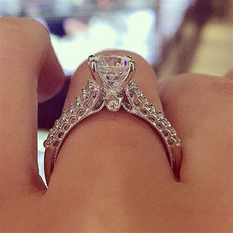 diamond engagement ring pictures   images