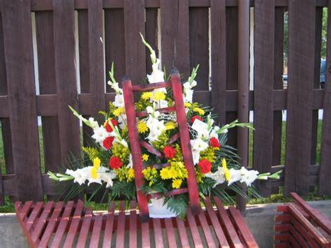 Flower Cottage In Cortez Co -sympathy Arrangements