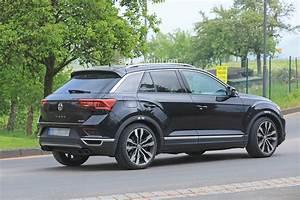 T Roc Volkswagen : volkswagen t roc r continues testing with sporty exhaust ~ Carolinahurricanesstore.com Idées de Décoration