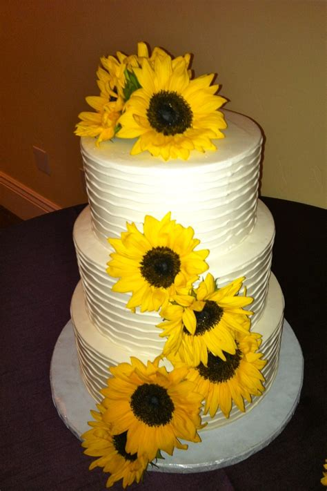 Sunflower Wedding Cake Sunflower Wedding Pinterest