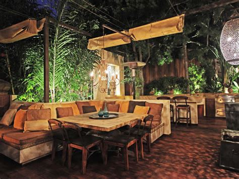 beautiful outdoor room  full kitchen pictures