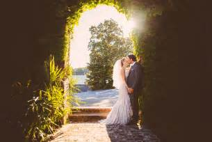 wedding photographer do you need a professional wedding photographer