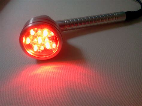 red light for skin cicatrice acné blanche infection
