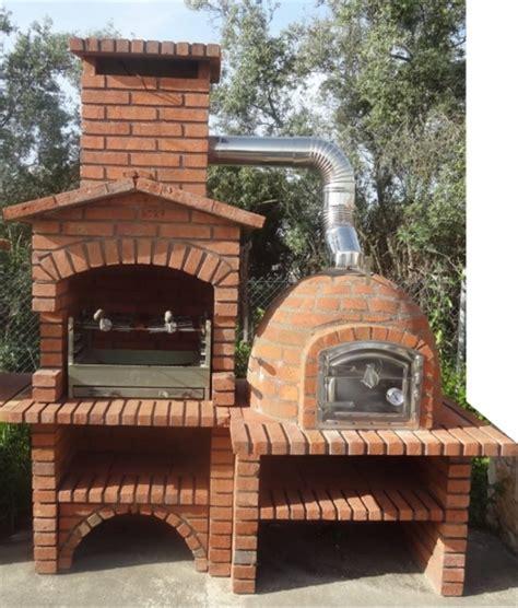 barbecue rustique avec  en brique rouge frf