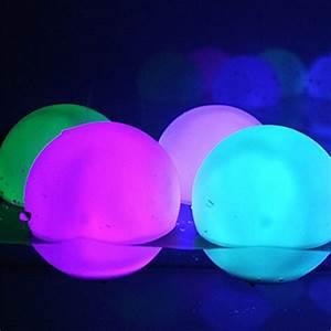 Boule De Lumiere : skaizetm mod le de boule de lumi re d ambiance led tanche pour baignoire de piscine tang ~ Teatrodelosmanantiales.com Idées de Décoration