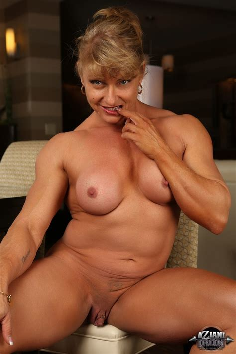 Female Bodybuilder Big Clit